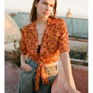NWT Urban Outfitters Tie Front Crop Shirt